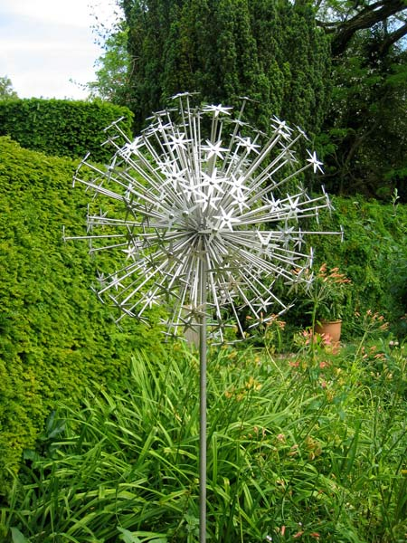 Sculpture Allium Schubertii Ruth Moilliet Sculptor